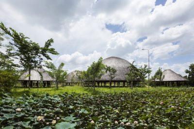 20160810大穹顶的竹屋群
