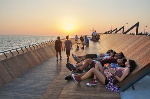 023-Bostanli-Footbridge-Sunset-Lounge