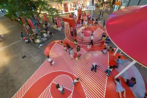 014-Red-Planet-Shanghai-China-by-100architects-960x641