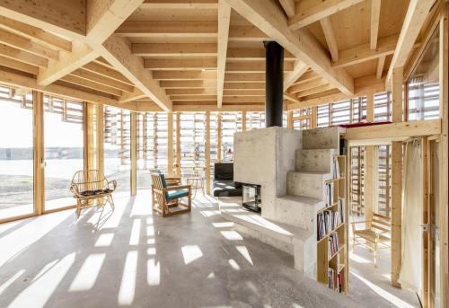 8-house-on-an-island-by-atelier-oslo